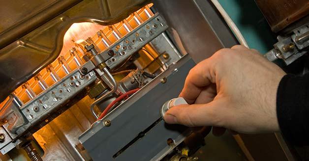 , Un entretien régulier réduit les coûts de réparation du chauffage, Depannage Urgent 24h/24, Depannage Urgent 24h/24