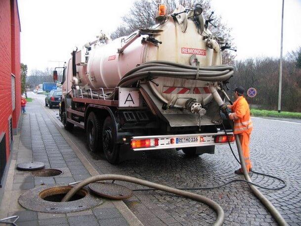 , Cinq raisons courantes pour les drains bloqués – et comment les éviter, Depannage Urgent 24h/24