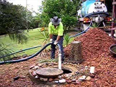 Curage fosse septique avec un hydrocureur
